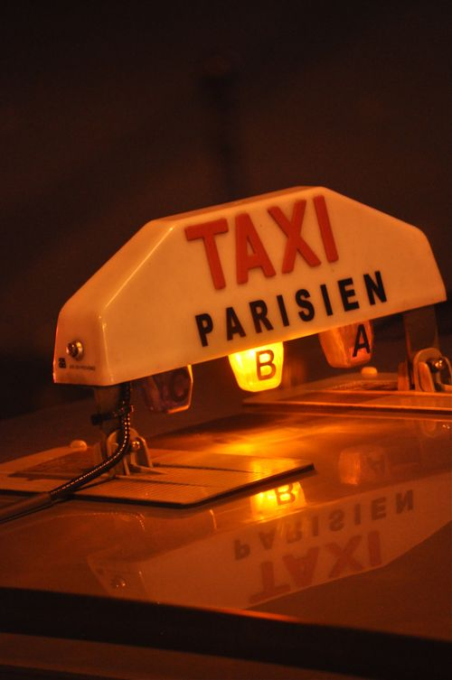 Paris-taxi-web