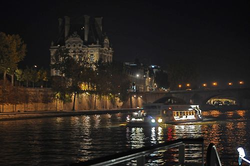 Paris-boatweb