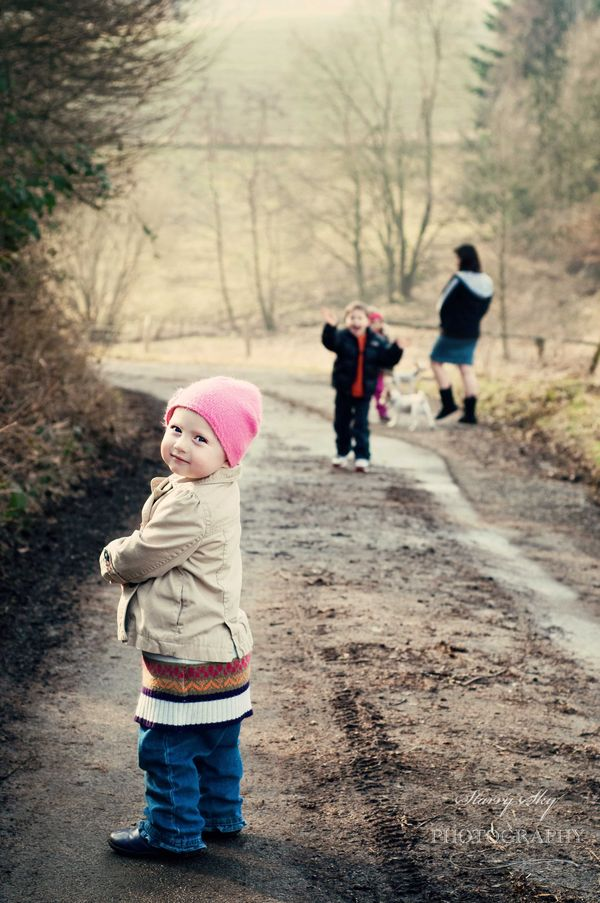 Abbie-and-kids-walk-cosm