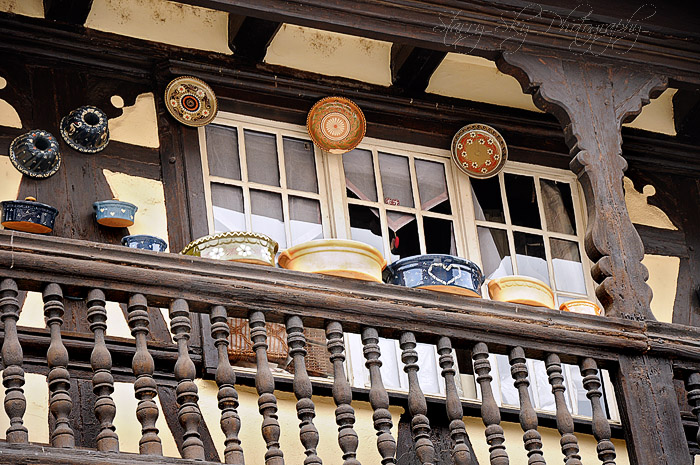 pottery balcony