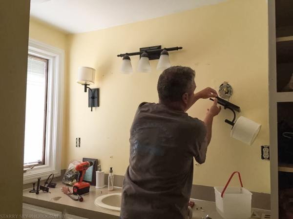 Aug 2017 bathroom paint  web (7 of 8)