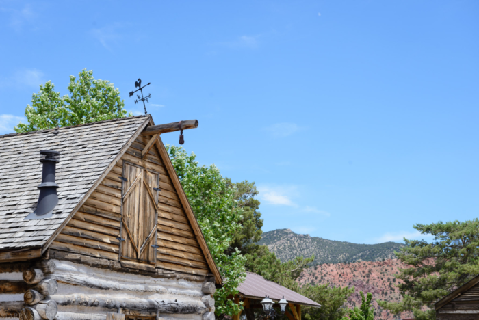 Jun 2016 T frontier village web (18 of 23)