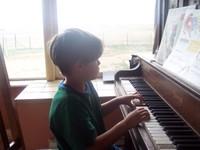 Aidan_piano